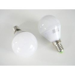 LED žárovka E14 5W 260°