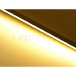 Nástěnné lineární osvětlení kuchyňské linky - teplá bílá