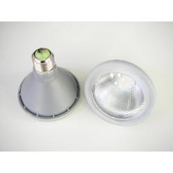 LED žárovka E27 PAR30 10W 30°