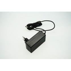 LED zdroj 12V 28W zásuvkový černý
